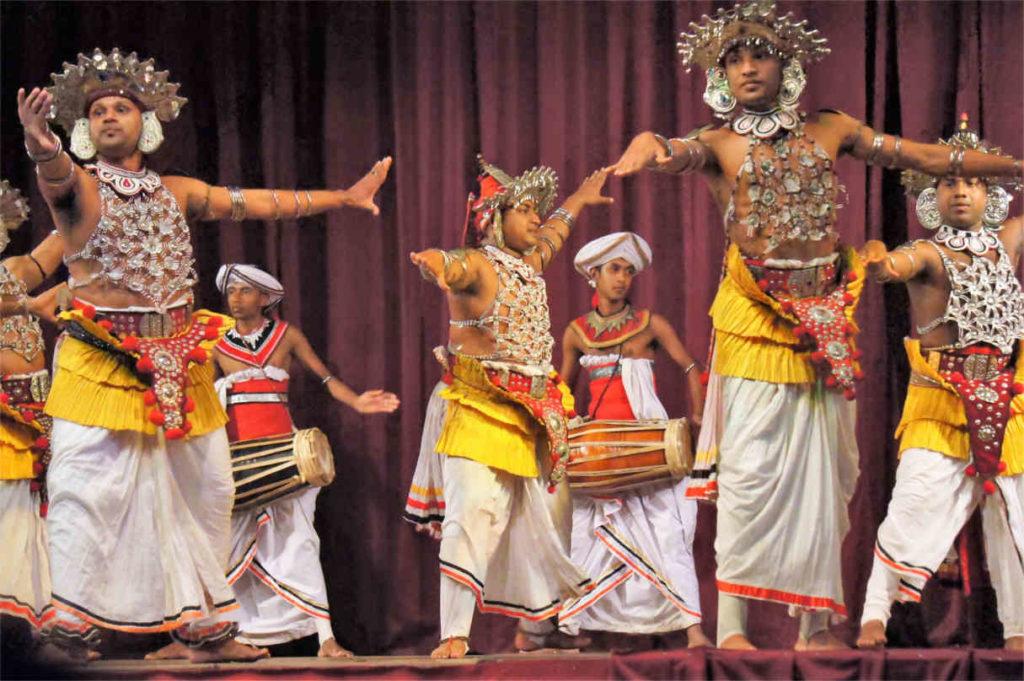 Pokaz tańców Kandy