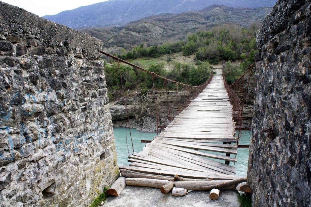 przeprawa przez rzekę - Albania