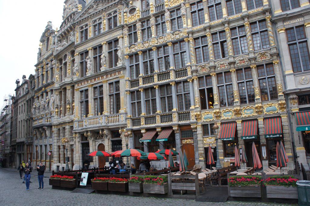 kamieniczki starego miasta w Brukseli
