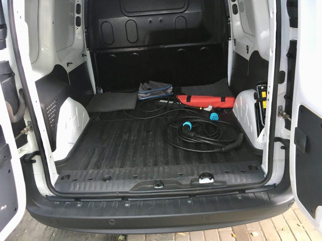 przestrzeń ładunkowa Renault Kangoo