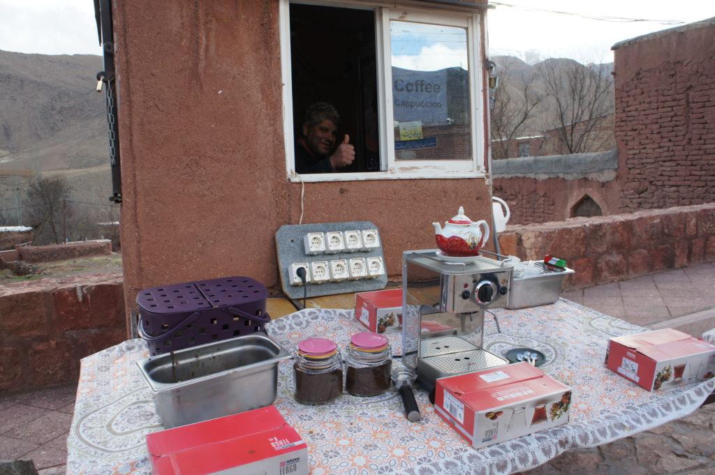"""""""kawiarnia"""" w Abjane zaszokowała mnie swoimi cenami"""