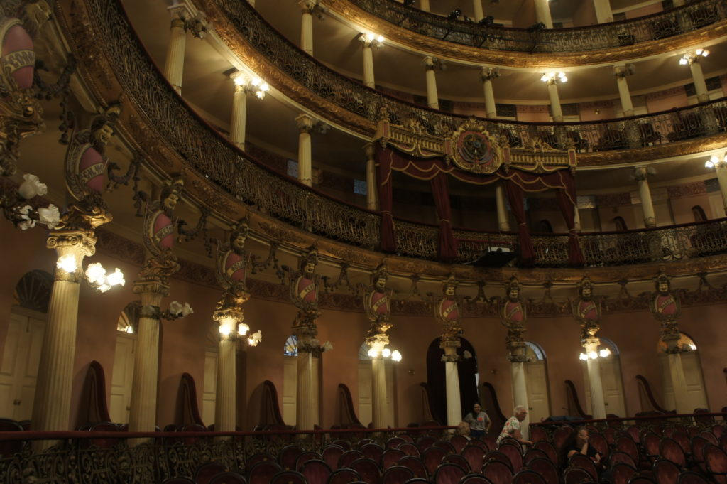 Wnętrze Opery w Manaus