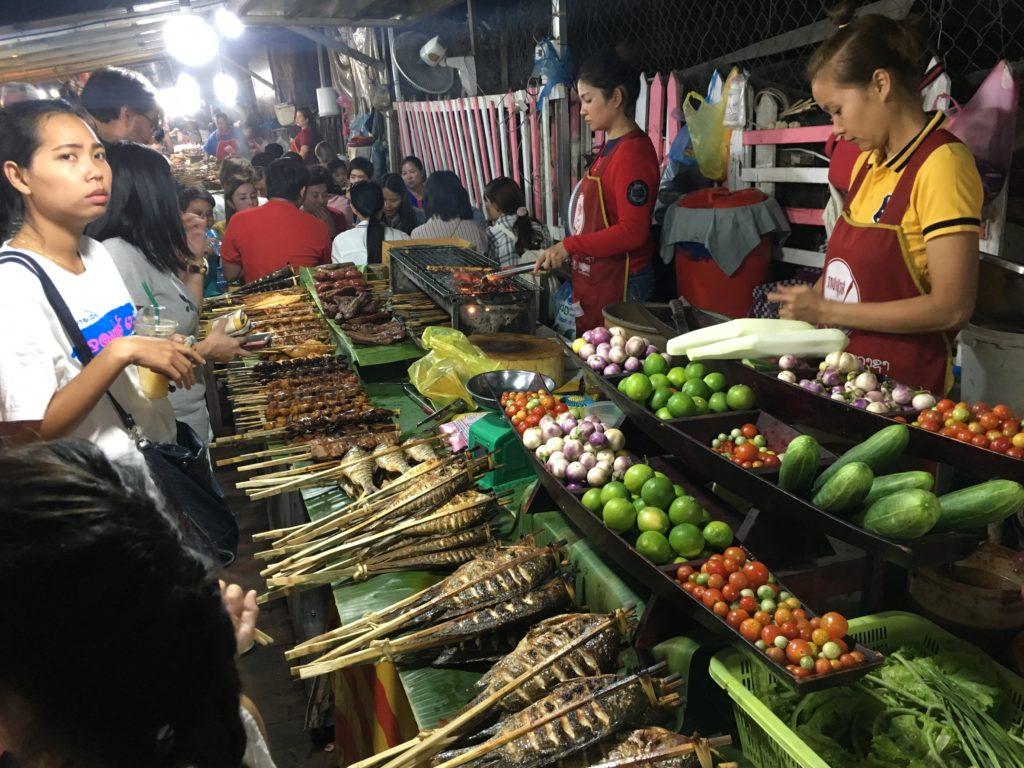 Jedzenie na nocnym targu