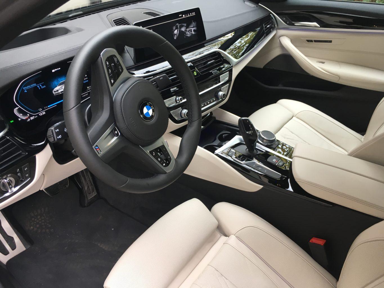 BMW oferuje wygodne stanowisko pracy kierowcy