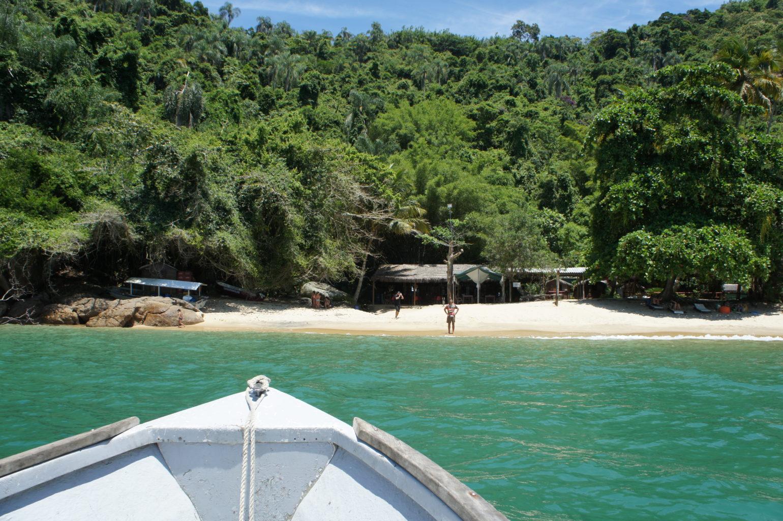 Do wielu plaż Ilha Grande można dotrzeć tylko łodzią