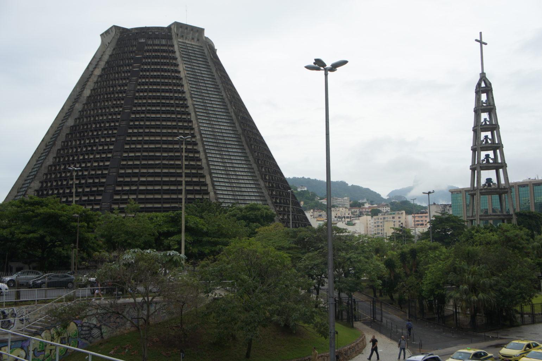 Nikt nie przechodzi obojętnie obok futurystycznej Katedry w Rio de Janeiro