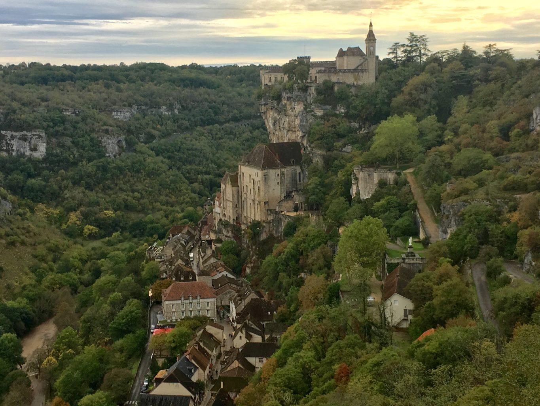 Rocamadour zbudowano na skalnym urwisku