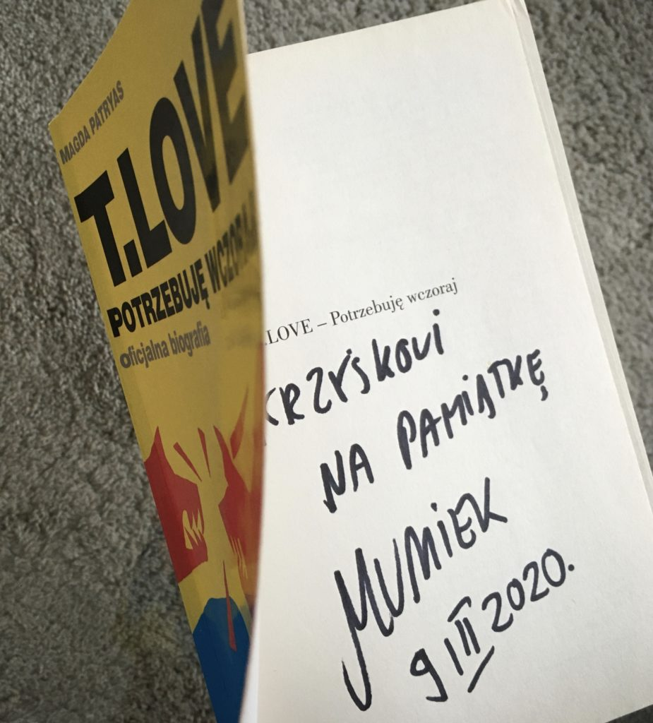Oficjalna biografia T.LOVE z autografem Muńka