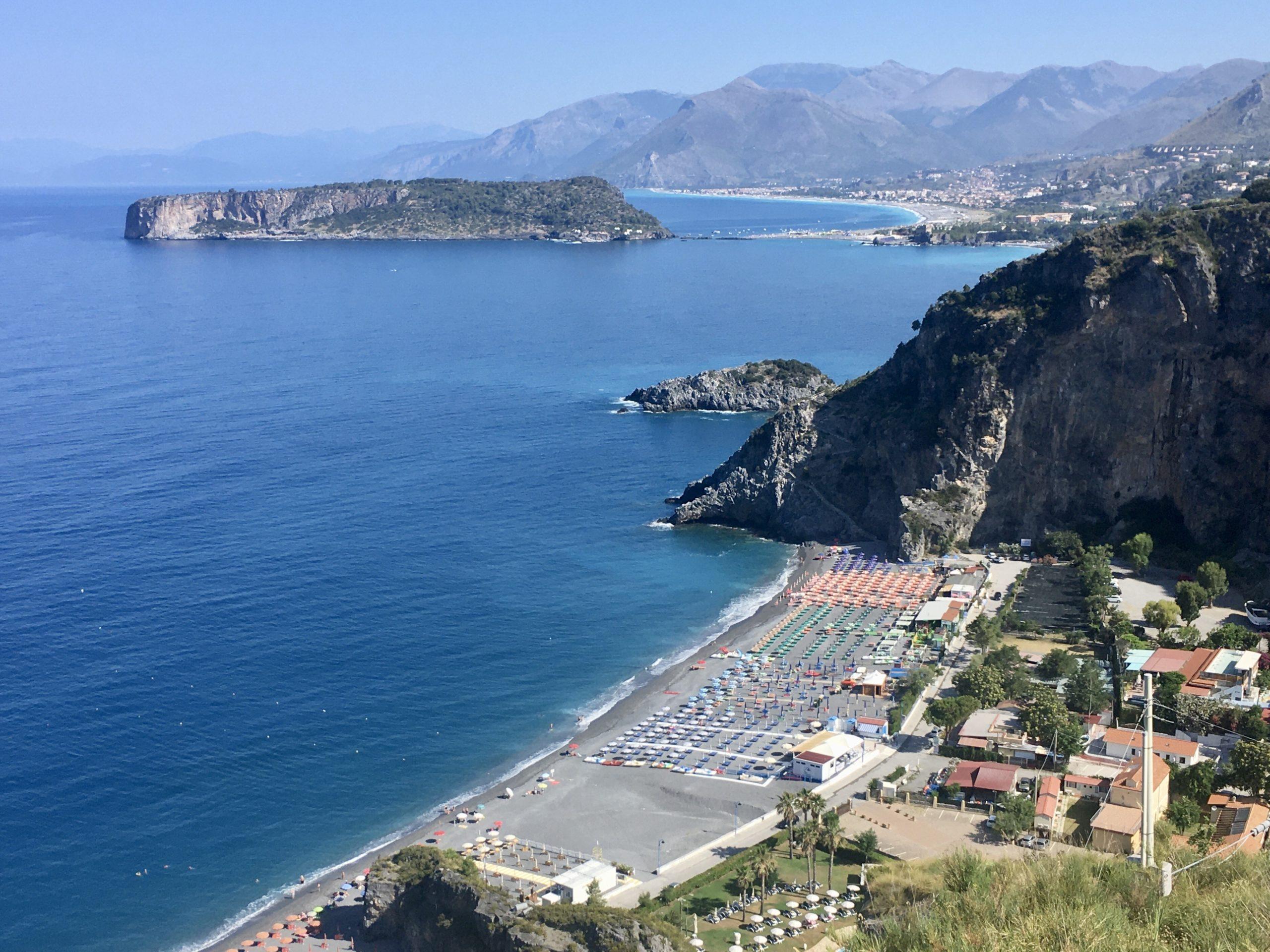 Piękne Wybrzeże Riviera dei Cedri