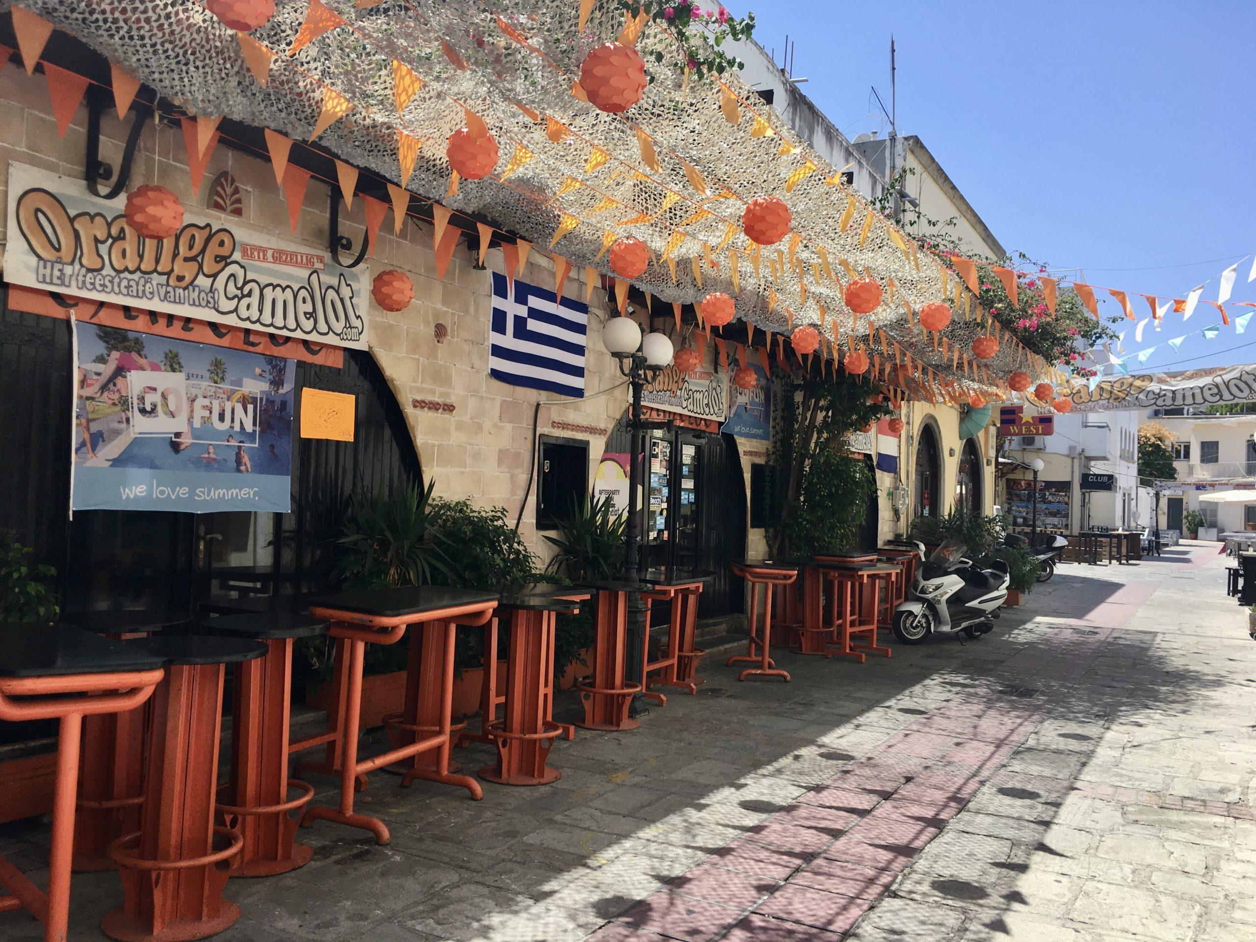 Dzielnica barów i dyskotek w Kos