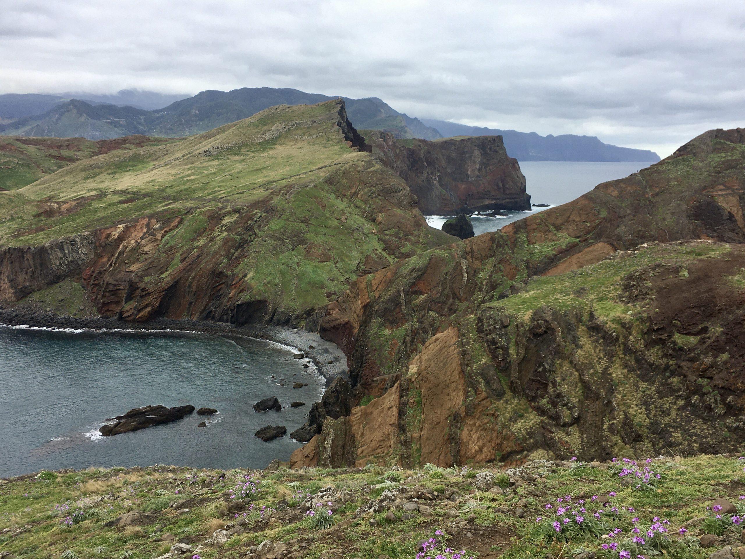 Dziki wschodni kraniec wyspy to Ponta de Sao Lourenco