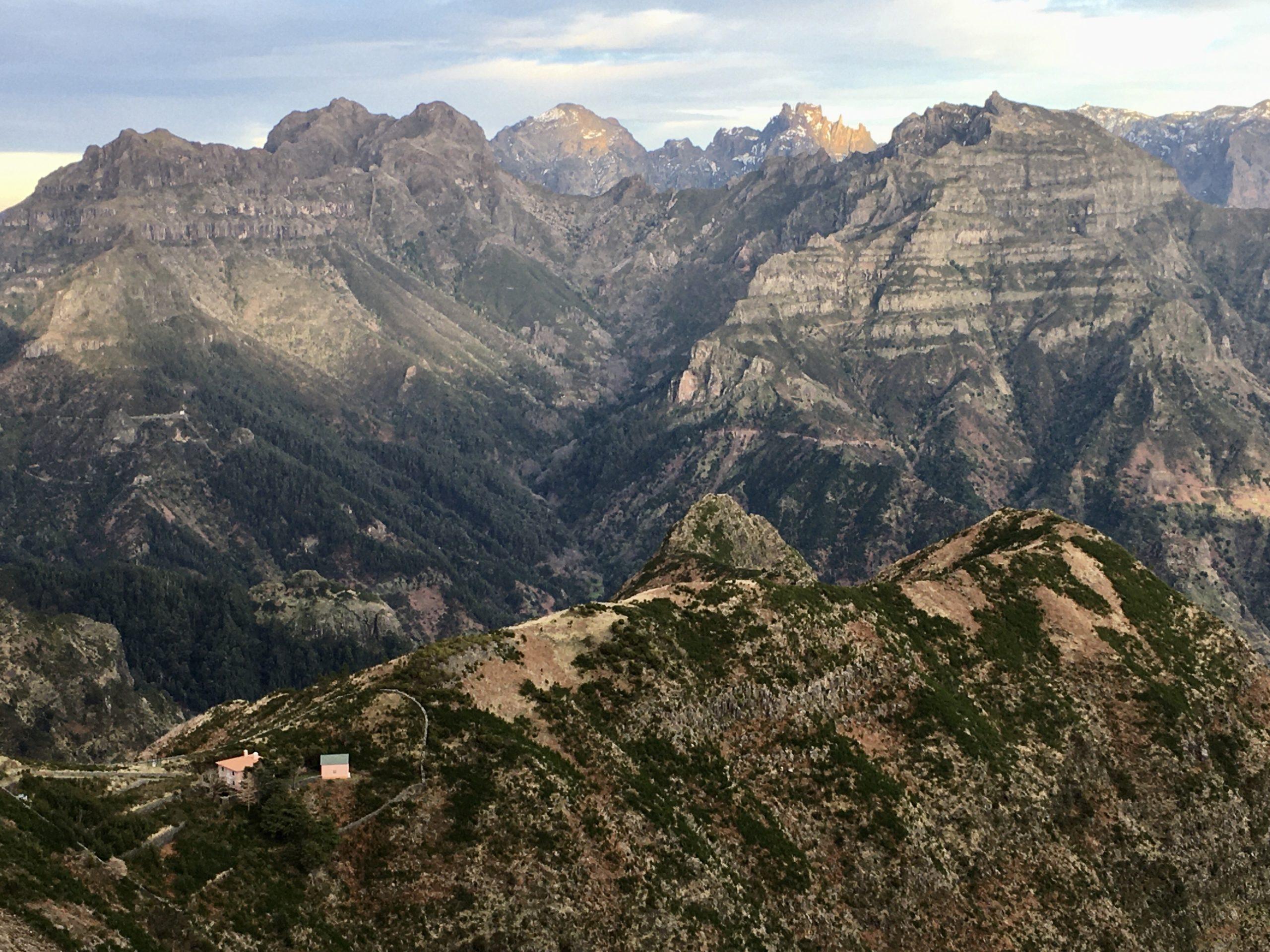 Środek Madery zajmują piękne góry