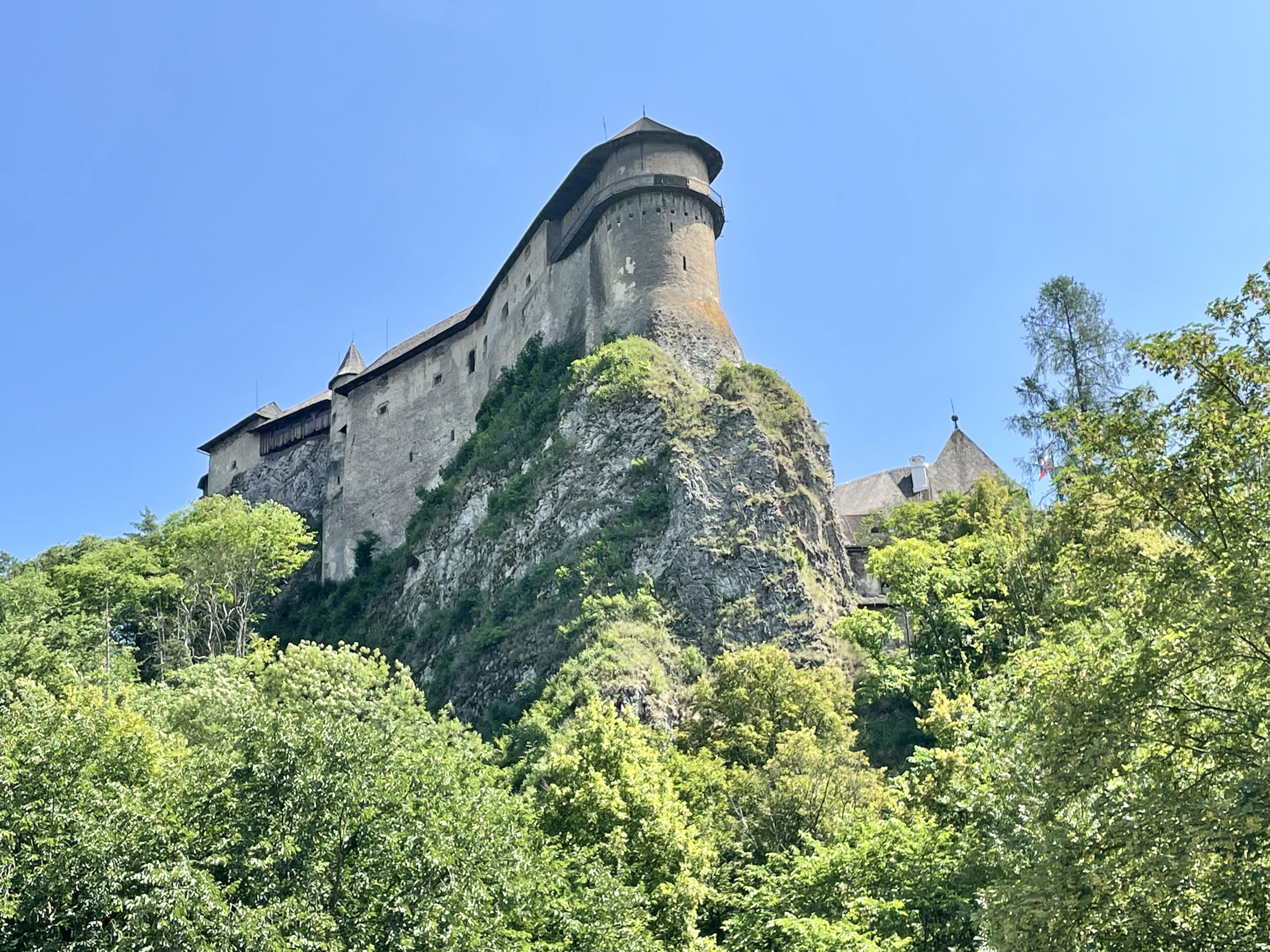 Zamek Orawski to jeden z najczęściej odwiedzanym zamków na Słowacji